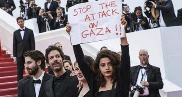 فنانة لبنانية ترفع شعار «اوقفوا العدوان على غزة» بمهرجان كان السينمائي