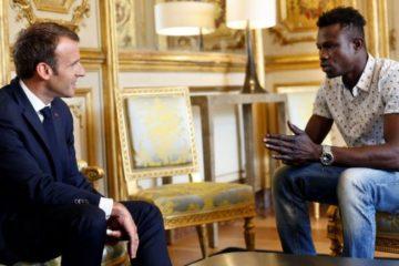 إعلان رسمي عن حصول المالي مامودو غاساما على الجنسية الفرنسية لإنقاذه طفلا