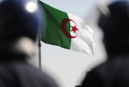 الجزائر: تعيين قائد جديد للقوات البرية في الجيش
