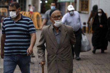 إيران تسجل 160 وفاة و2613 إصابة جديدة بكورونا