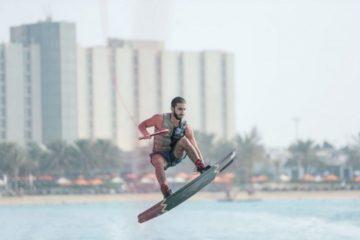 الجولة الأولى من بطولة الإمارات للتزلج على الماء في أبوظبي تنطلق اليوم