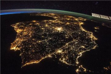 «ساعة الأرض».. إطفاء الأنوار لتسليط الضوء على التغيرات المناخية