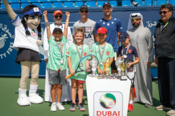 براعم الكرة الصفراء في جلسة تنس الإمارات التدريبية ATP Dubaï