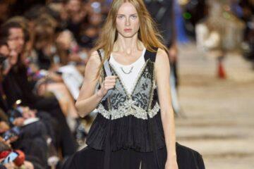 5 صيحات جمالية ستعجبكِ من أسبوع الموضة في باريس ربيع 2022